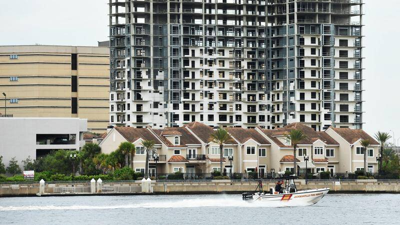 Waterfront townhomes in the St. Johns River in Jax
