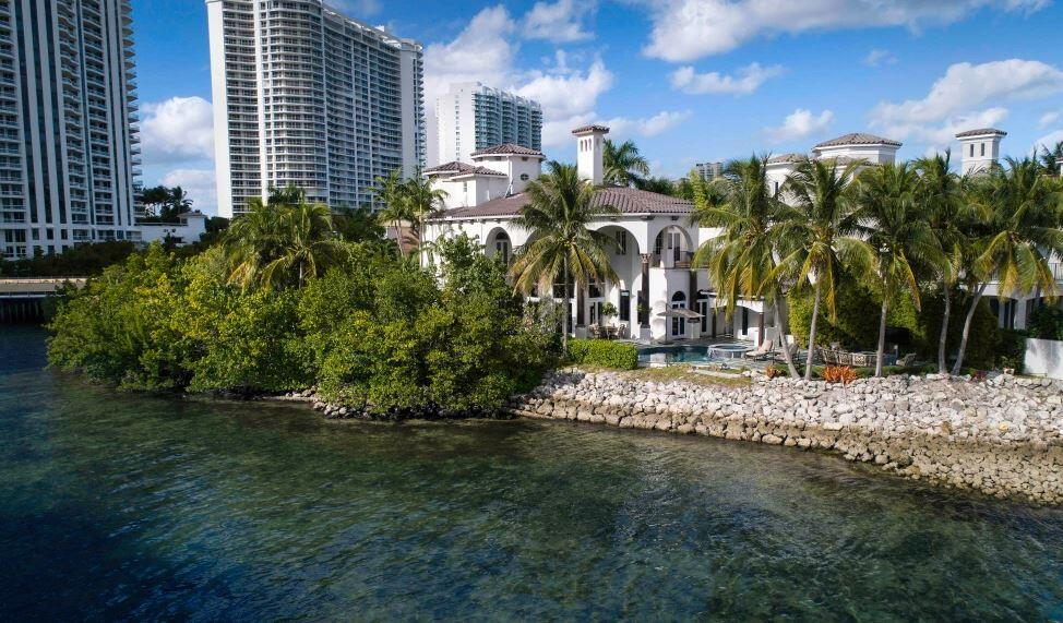 DJ Khaled waterfront home in SUnny ISles Beach.